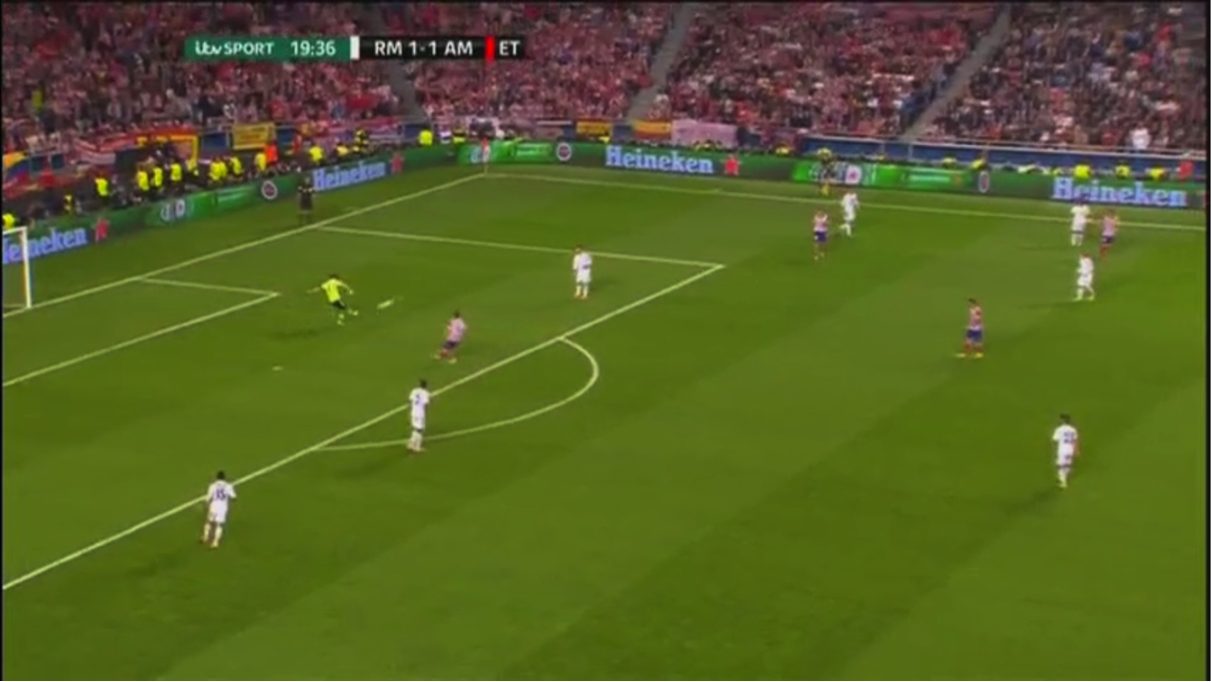 4 rojiblancos dans le dernier tiers quand Casillas dégage