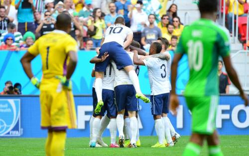 Eneyama craque, et les Bleus filent vers le top 8 mondial.